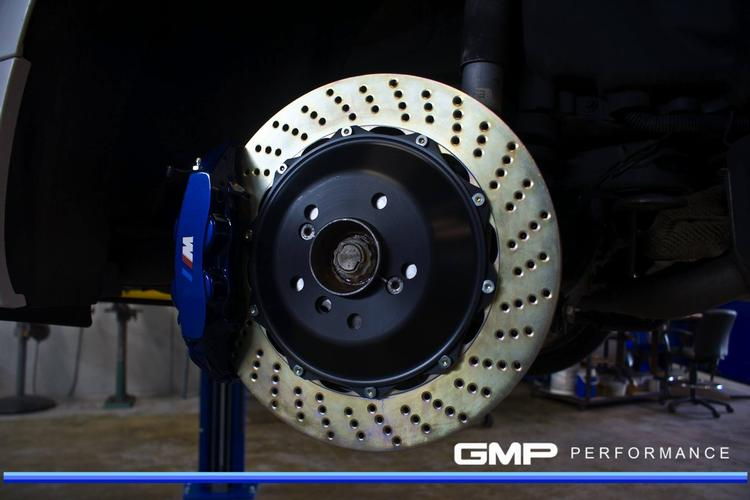 Custom Painted Brembo Piston Big Brake Upgrade On White BMW M - Bmw m brake caliper decals
