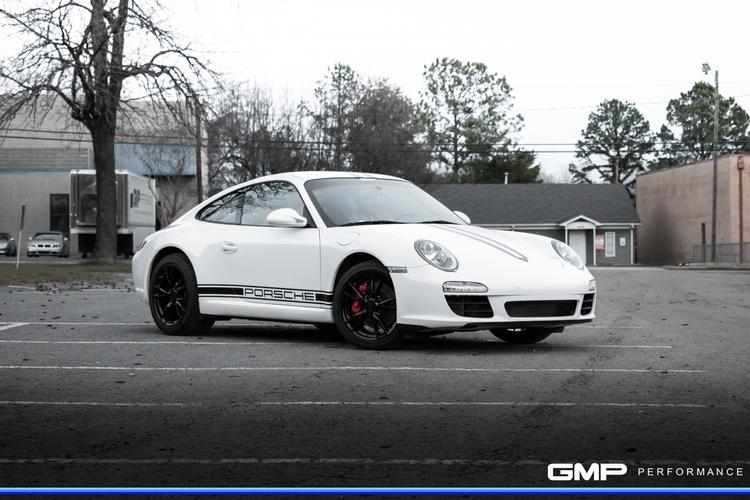 2009 Porsche 997 C4 with IPD Plenum, EVOMSit ECU Flash, Painted Calipers and Wheels