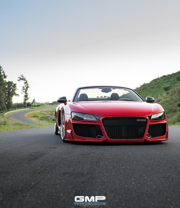 AiR8: Audi R8 V10 Spyder On Air!