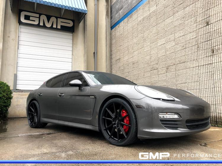 Porsche Panamera S with Vossen Wheels and Caliper Paint